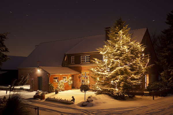 4 Reasons to Buy a House This Winter